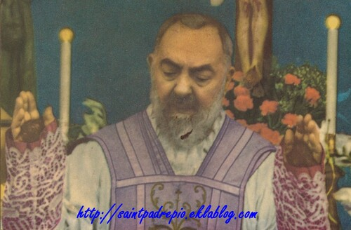 Padre Pio, les stigmates