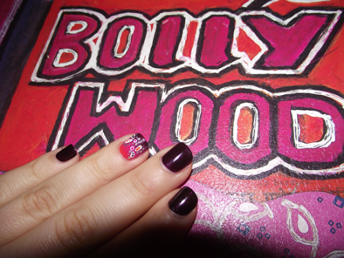 Sunday Nail Battle - Bollywoooood !