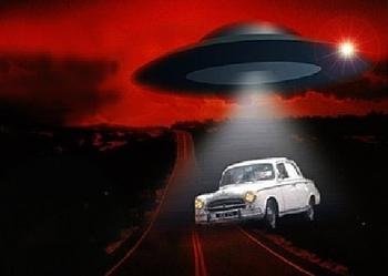 A-alien-ovni-en