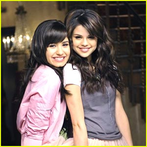 Selena Gomez And Demi Lovato 2007