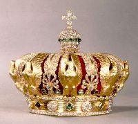 Couronne de l�imp�ratrice Eug�nie - 1855.Alexandre-Gabriel Lemonnier. Diamants de la Couronne, galerie d�Apollon, mus�e du Louvre � RMN