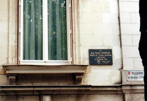La sépulture de Jean-Nicolas Stofflet....