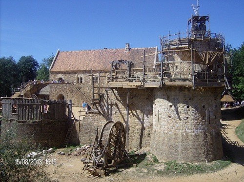 Guédelon