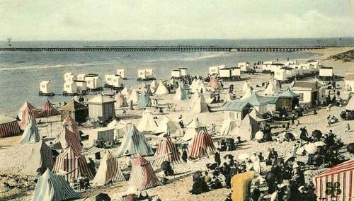 La plage et les jetées au début du XXe siècle