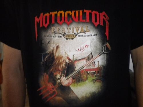 tee-shirt metallica ..