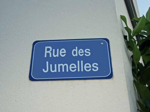 Rue de France rebaptisée Rue des jumelles