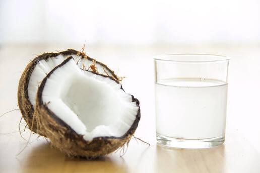 l'eau de coco et ses bienfaits pour la santé