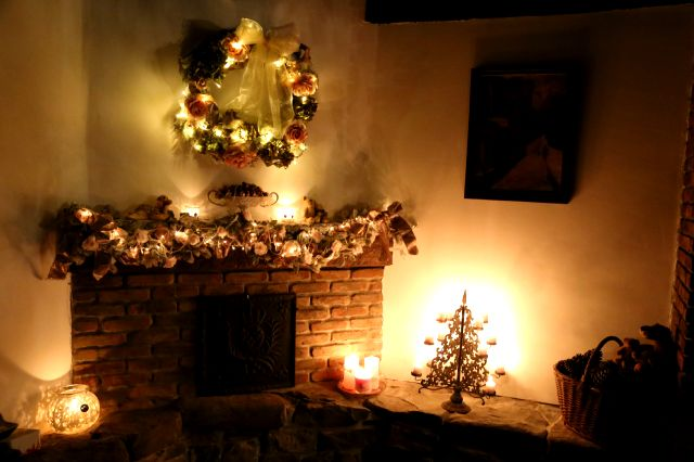 A Romantic Christmas (1)