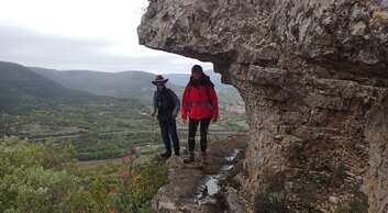 Poujols à Pégayroles de crêtes en vallée