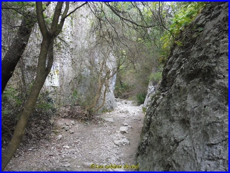 Luberon, les gorges du Regalon