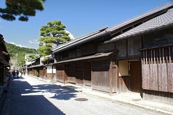 800px-omihachiman_shimmatidori01s3200