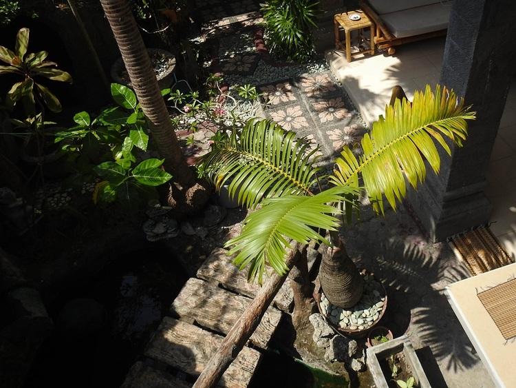 7 Août - Jimbaran, repos, bazarette et pansements