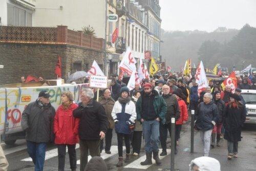 Plouhinec. 400 manifestants contre la fermeture du lycée Jean-Moulin (LT.fr-20/01/2018)