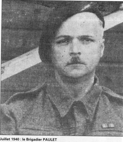 * En souvenir de Paul-Edouard PAULET (1er RA), disparu après Bir Hakeim dans le torpillage du Nino Bixio