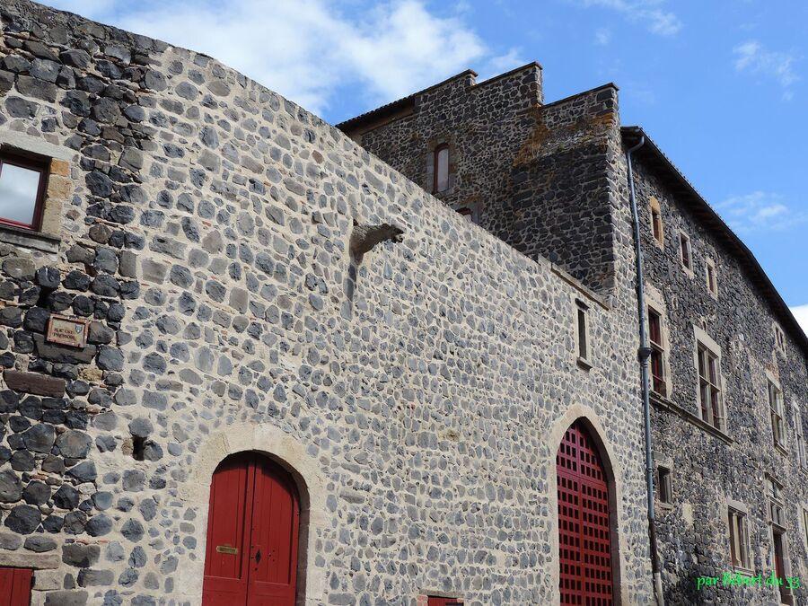 Usson dans le Puy de Dome