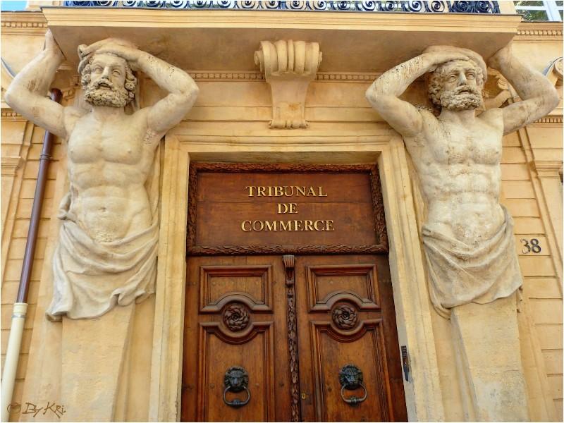 Architecture cariatides et atlantes - Tribunal de commerce salon de provence ...