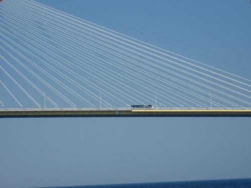 - Le pont entre Patras et la Grèce centrale