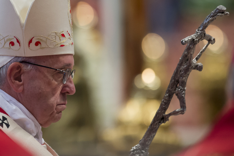 Vatican Pope Pallium Pope Francis celebrates a Mass where he bestowed the Pallium, a woolen shawl symbolizing the bond to the pope, to 25 new Archbishops in St. Peter's Basilica at the Vatican, Wednes