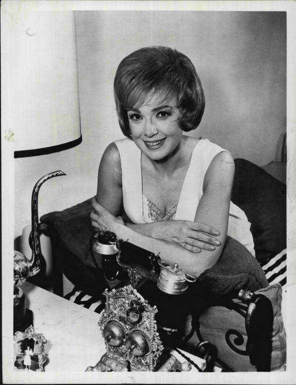 Download this Edie Adams picture
