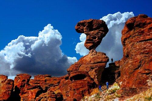 Des rochers équilibrées