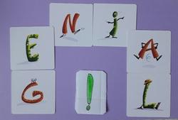 Mise à jour des mots mêlés, jeux de lettre , phonème du son /Ͻ/ de cloporte