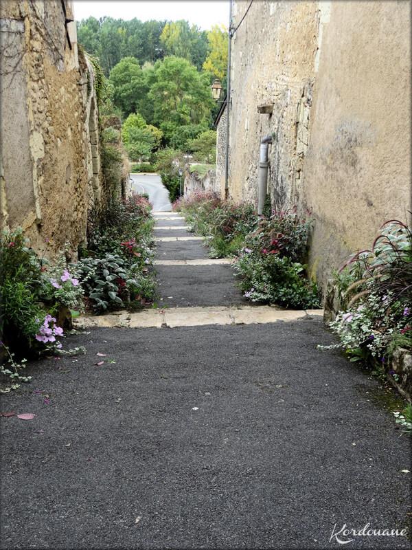 Photo Haut escalier Saint Pierre - Montreuil-Bellay