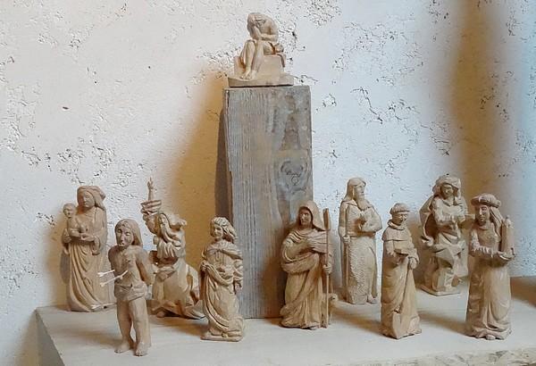 Eric de Laclos, sculpteur sur pierre et sur bois à Champagny...
