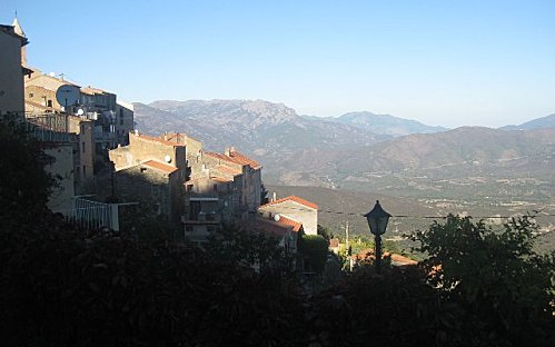 VILLAGE-OOMBRE-copie-1.jpg