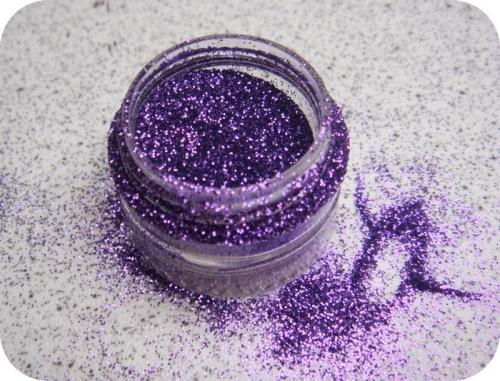 - Défi du lundi : Glitter Fever -
