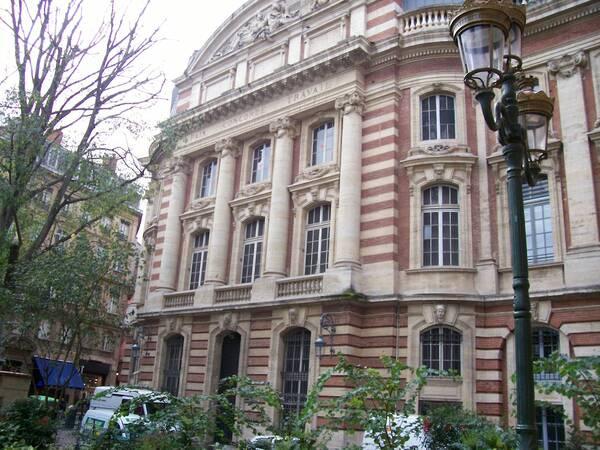 Hôtel de Ville-2-