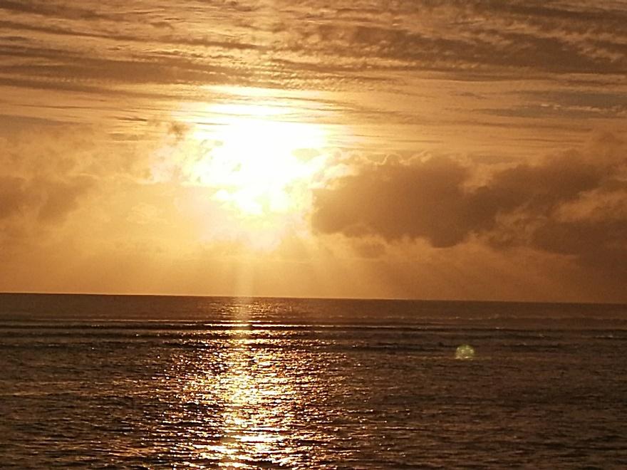 10/10/19 : Couchers de soleil à la Réunion (FIN) -
