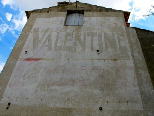 Coursan mur peint Valentine