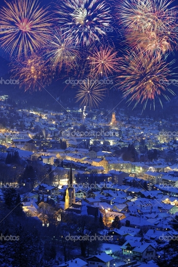 depositphotos_2459926-new-year-fireworks