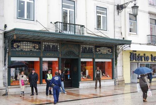 Les places du Comercio et du Rossio à Lisbonne (photos)
