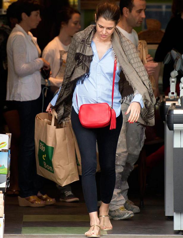 Charlotte fait les courses