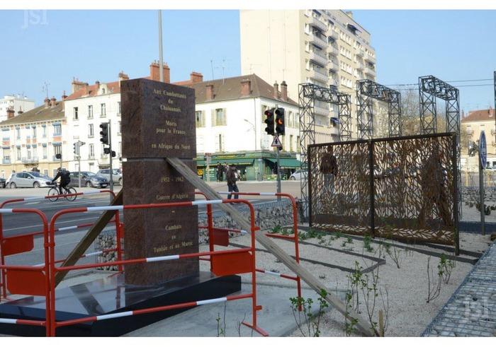 Souvenir : Un nouveau monument à Chalon-sur-Saône (mais le projet d'origine sera-t-il respecé ?)