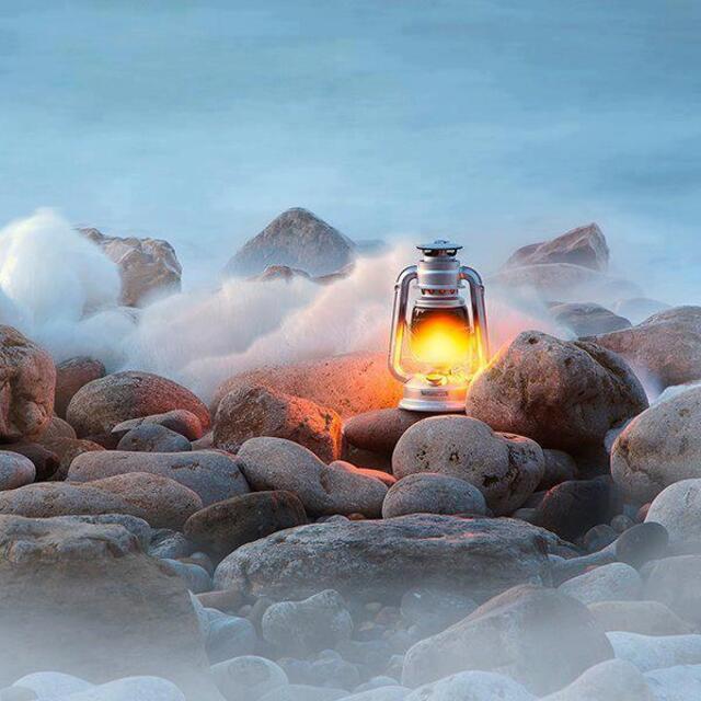 quelques mots lanterne galet