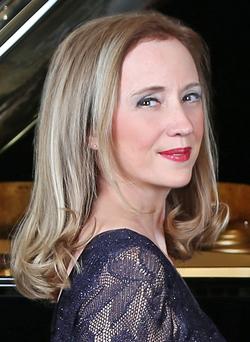 VIDÉO - Ave Maria Les Cloches de Rome, de Franz Liszt - Anne-Marie Dubois !