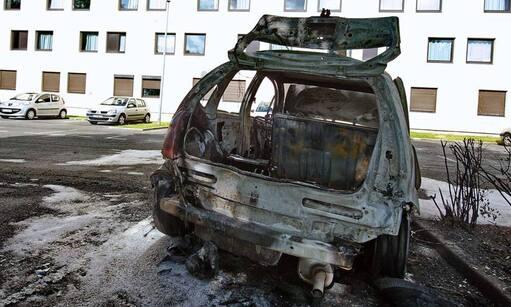 Près de 900 voitures ont été incendiées lors des soirées des 13 et 14 juillet en France (Photo d'illustration datant de 2009) - Philippe Huguen - AFP