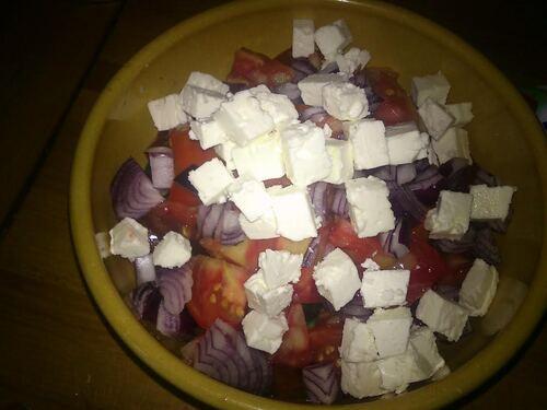 Une salade façon grecque pour un repas bon pour la santé