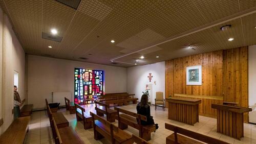 Wolu1200 : Découvrez l'insolite chapelle du Woluwe Shopping center
