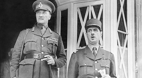 Le général Charles de Gaulle (à droite) avec le brigadier Edward Spears, à Londres, le 17 juin 1940.