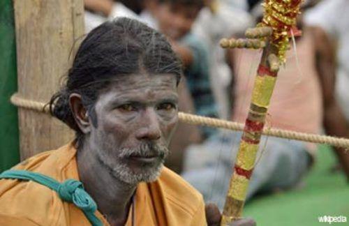 Journée des autochtones: le pape appelle à protéger leur existence