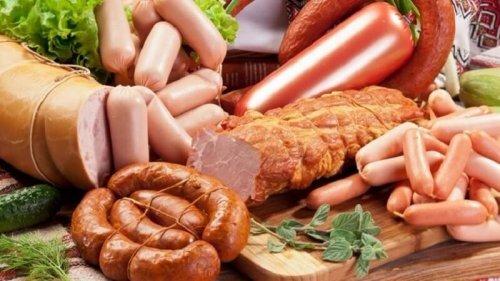 les viandes transformées peuvent influencer la ménopause prématurée