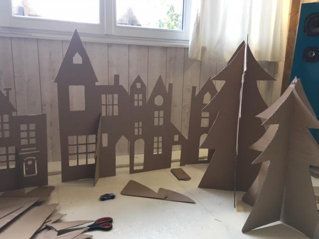 Journee Decoration Pour Le Marche De Noel Par L Equipe Apel