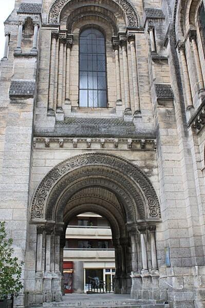Angoulême 3 église st martial