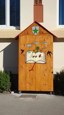 Notre cabane à livres !