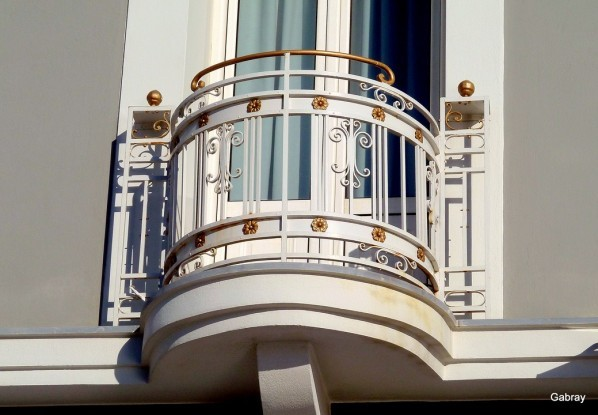 v14 - Balcon arondi