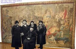 Marie BENECH et ses filles vers 1930