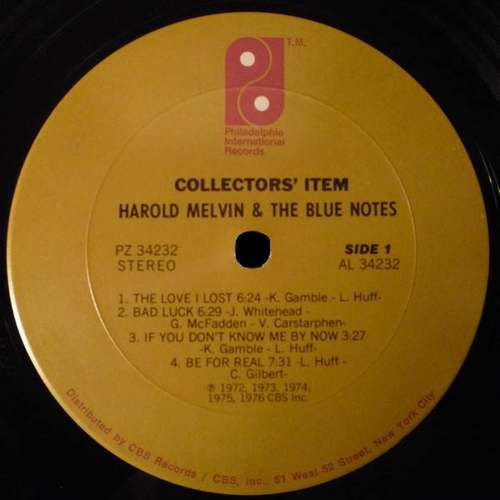 """1976 : Harold Melvin & The Blue Notes : Album """" Collectors' Item All Their Greatest Hits """" Philadelphia International Records PZ 34232 [ US ]"""